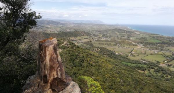 Escursione del 2 giugno a Monte Arista e Marina di Cardedu con Nadir Sardinia