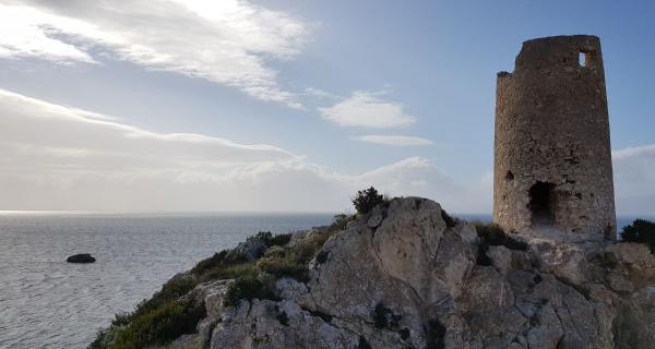 Passeggiata al Fortino e colle di San Bartolomeo a Cagliari, con Nadir Sardinia