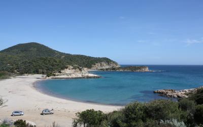 Spiaggia del Porticciolo o Torre Chia