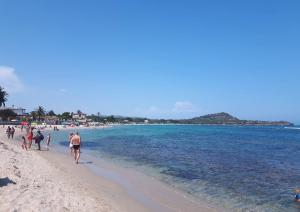 Spiaggia Is Figus Nora