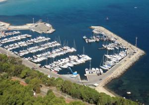 Porto di Marina Piccola del Poetto di Cagliari