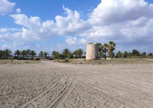 Torre Spagnola - detta anche Torre di Mezza Spiaggia