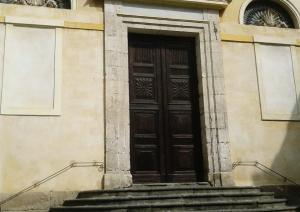 S. Sepolcro - Portale