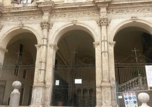 Porticato della Chiesa